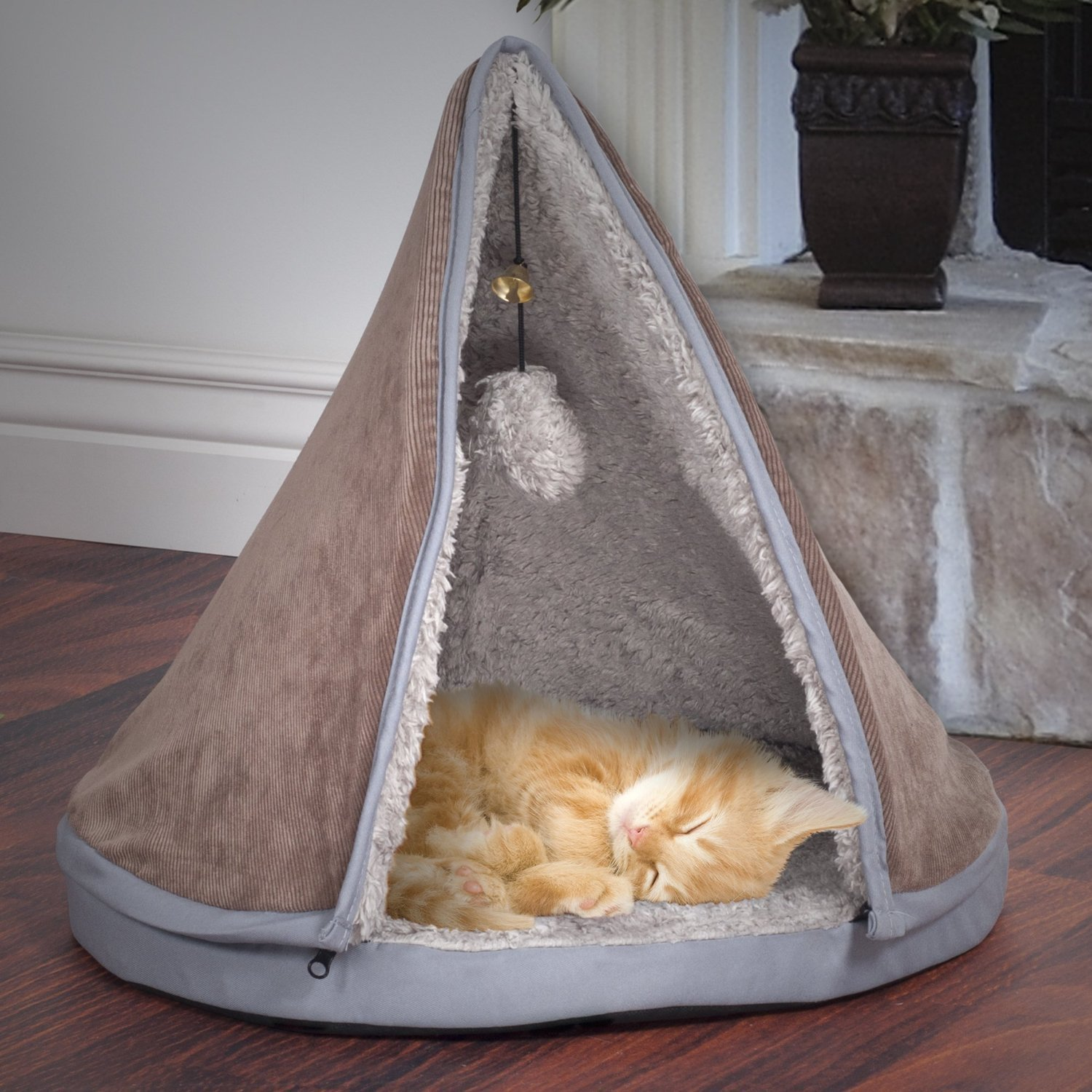 Holiday Gift Guide: PAW Sleep and Play Cat Bed with Removable Teepee Top | Animals Zone